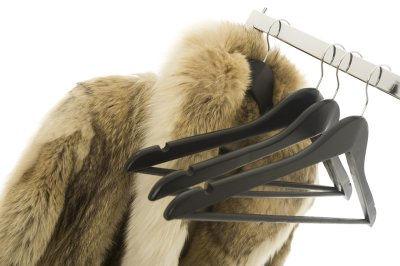 Important Factors to consider when choosing  a fur storage